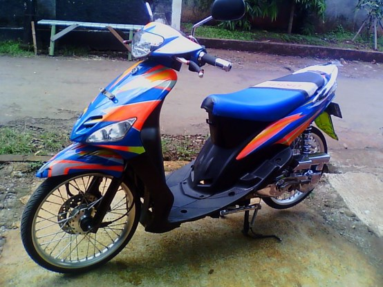 modifikasi motor mio sporty warna biru 2 terkeren