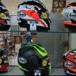 Jangan Pernah Terpukau Karena Desain tapi Terpukaulah Karena Kualitas Terbaik dalam Memilih Helm Sepeda Motor.